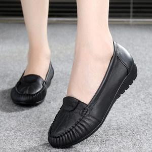 春秋豆豆妈妈鞋真皮软底单鞋女中老年防滑黑色工作鞋舒适平底皮鞋