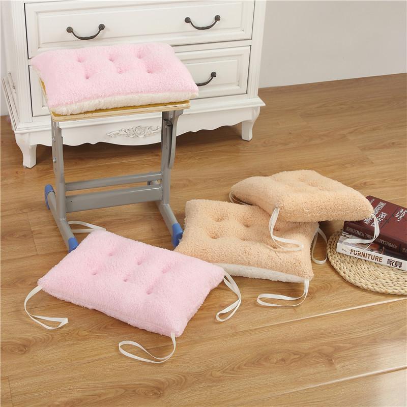 冬季羊羔绒学生坐垫小号长方形毛绒垫子教室板凳加厚保暖垫子包邮