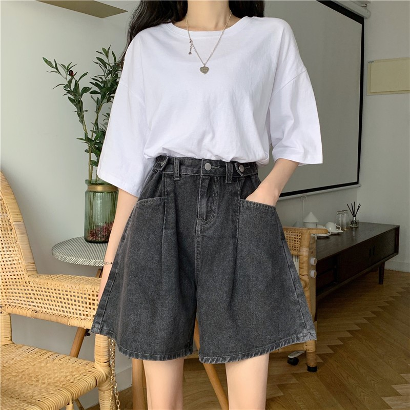 Oversized denim shorts womens 2020 summer wear new style loose and thin wide leg high waist fat sister hip thigh thick pants