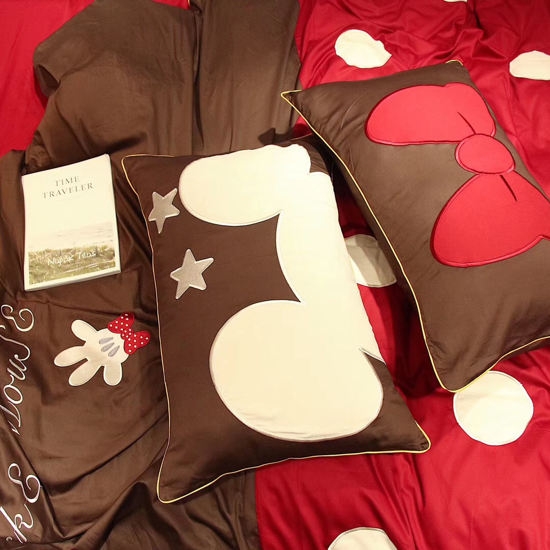 60 thread long staple cotton four piece set all cotton cartoon polka dots Mickey bedding pure cotton simple lovely embroidery two person set