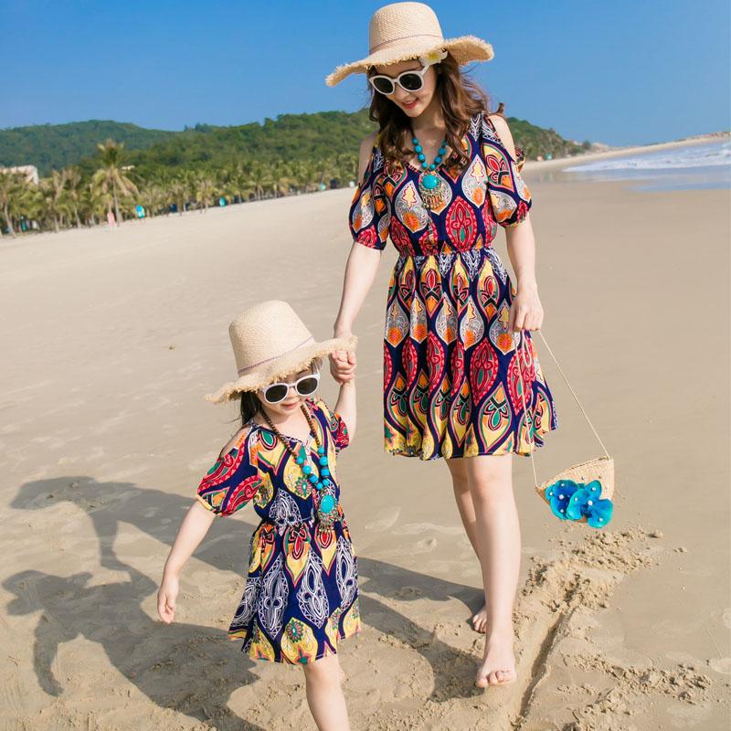 母女连衣裙亲子装夏装套装三亚沙滩海边度假洋气一家三口四口大码