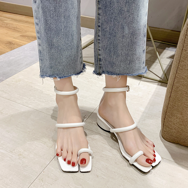 Uncles sandals female 2020 summer new Korean fashion fairy style toe net red square head thick heel Roman shoes