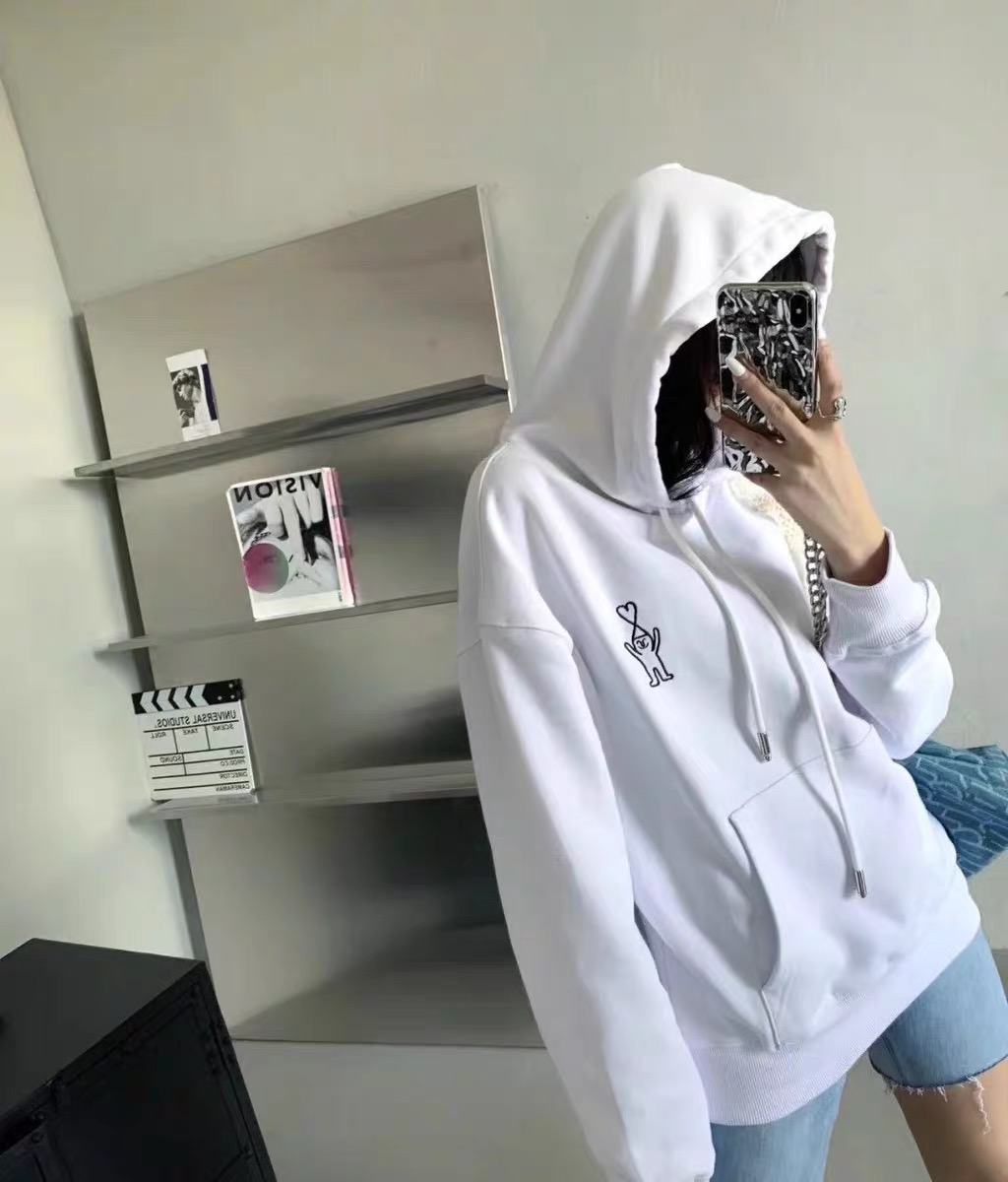 AMI autumn and winter co branded illustration love embroidery cartoon villain solid color round neck loose sweater couple Hoodie