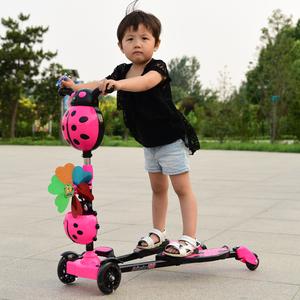 雷特威顿儿童滑板车3-9岁男女宝小孩蛙式音乐灯光脚踏摇摆玩具车