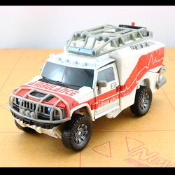 孩之宝玩具1变形金刚2救护车v航行家级07电影1版模型5正品3汽车人