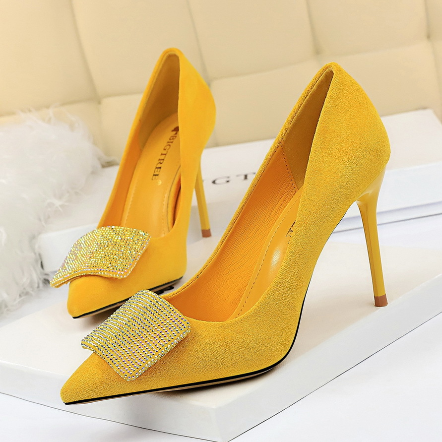 High heels shiny single shoes thin heels high heels 825-2 shallow mouth sexy Rhinestone banquet Korean womens shoes suede point