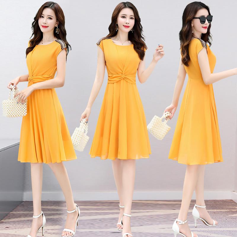 连衣裙女士夏2018新款中长款夏装衣服气质有女人味的雪纺黄色裙子