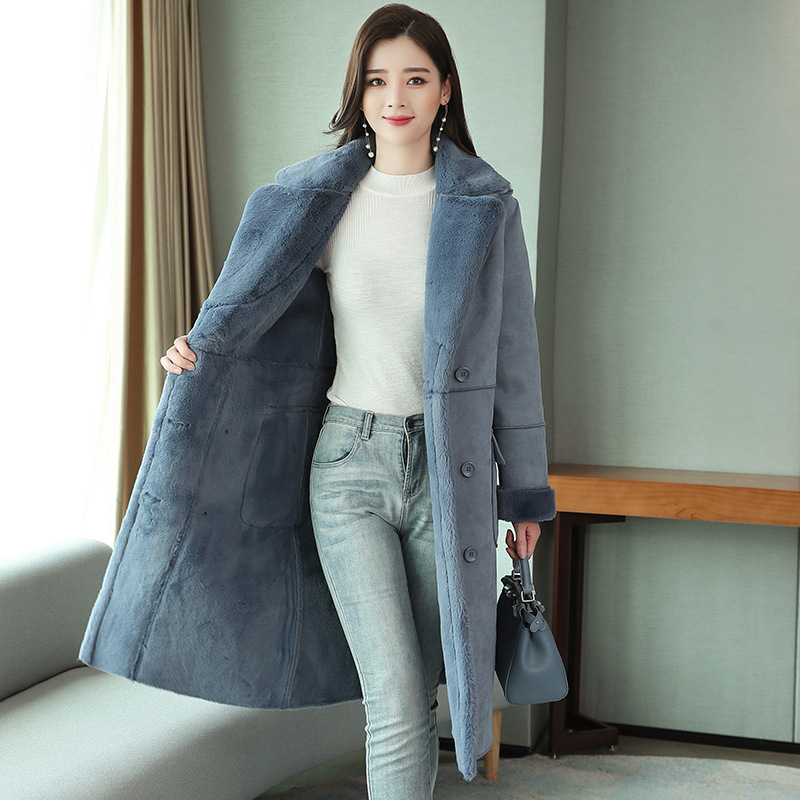 Fashionable and fashionable womens lamb fur coat new winter fit, soft and elegant warmth, deerskin cashmere cotton fur
