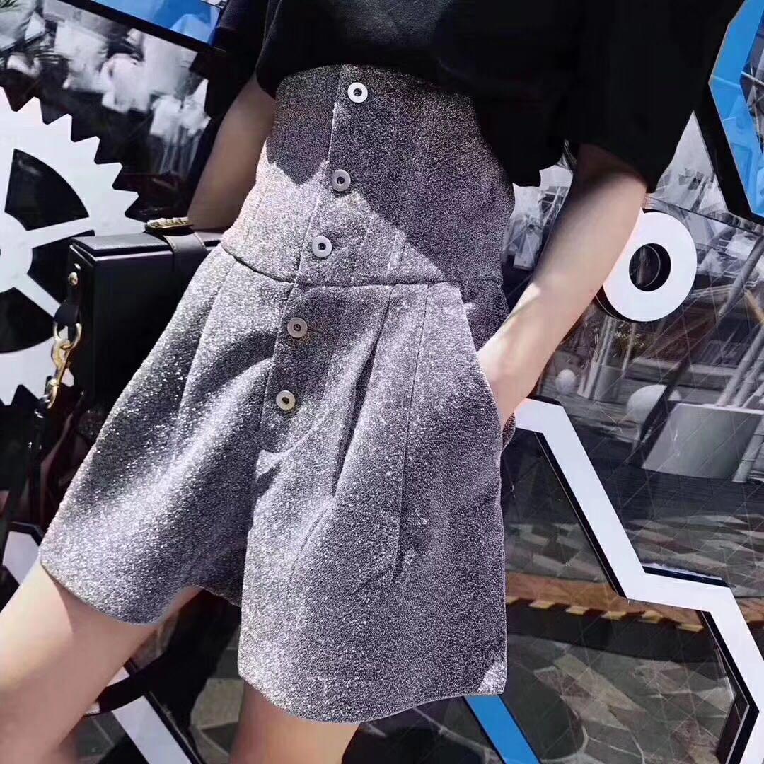 欧洲站 特价 新款银灰色高腰纽扣小A型短裤时尚
