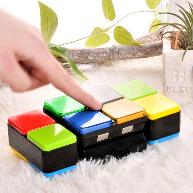 浩玩儿童电子音乐游戏百变魔方灯光益智魔方玩具无限减压智力方块