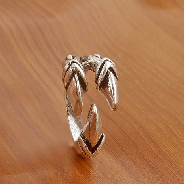 J199 punk style Gothic eagle claw ring exaggerated retro opening trendsetter ring
