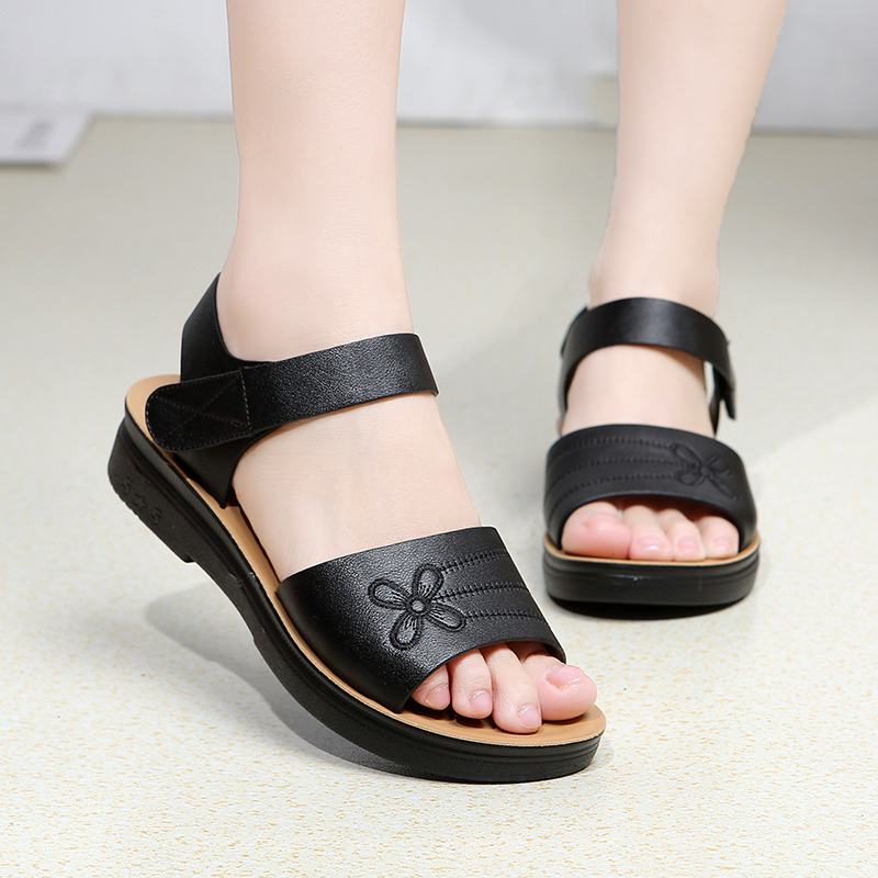 Diezhiya summer sandals womens leather soft sole casual mom sandals comfortable non slip middle aged and elderly Velcro shoes