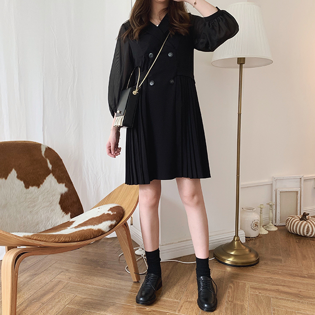 129.00元包邮iamnoka /早秋法式设计款连衣裙