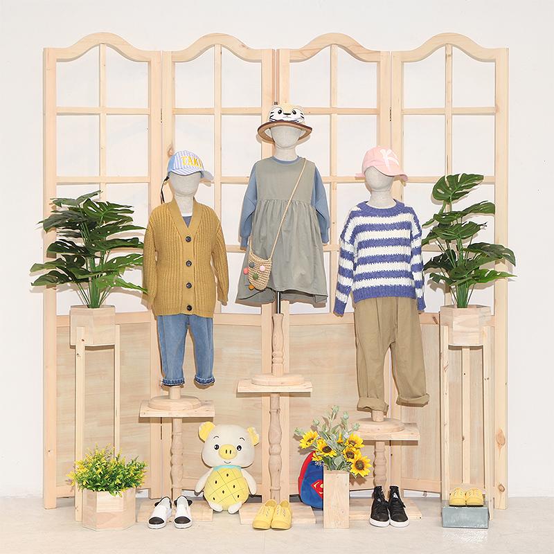 木服装店展示架童装店铺装修设计网红装饰创意摆设橱窗布置效果图(用368元券)