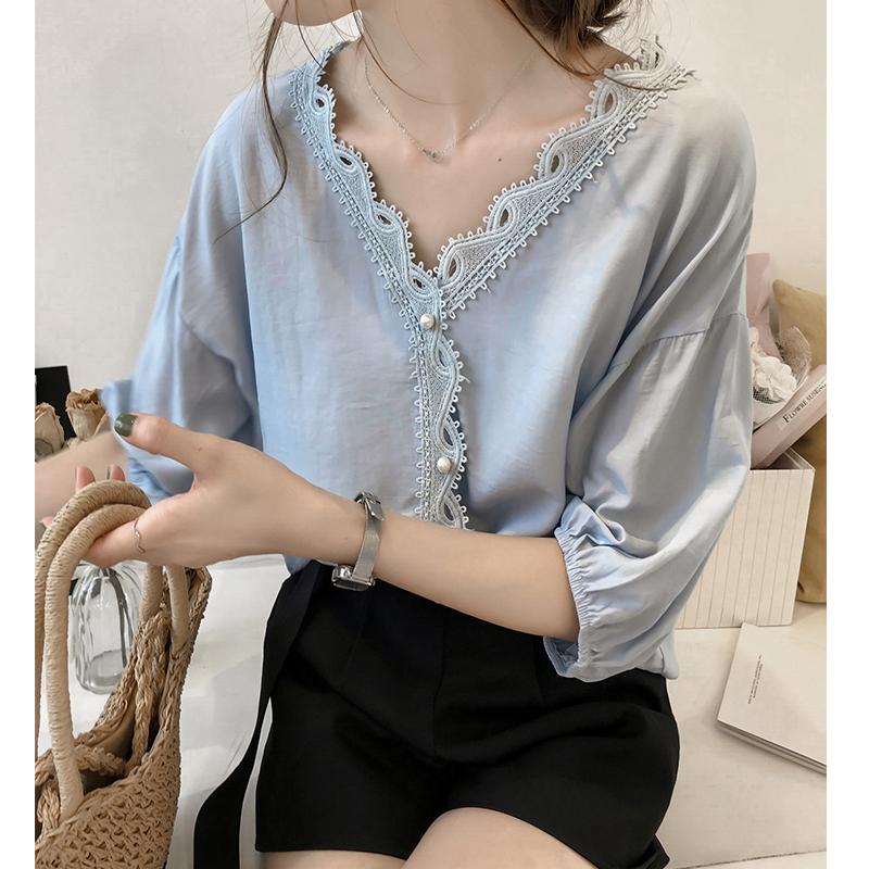 夏季新款韩版时尚钩花蕾丝拼接V领雪纺衫女短袖上衣宽松打底T恤