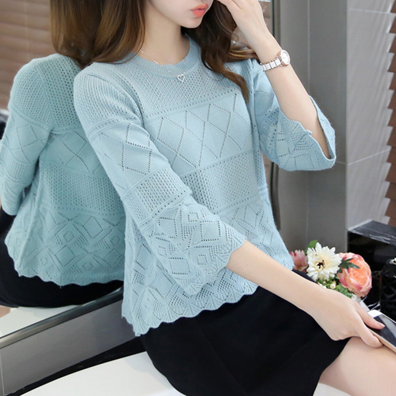 2020 spring new thin round neck short sleeve sweater womens loose short Pullover 7 / 3 sleeve blouse womens sweater