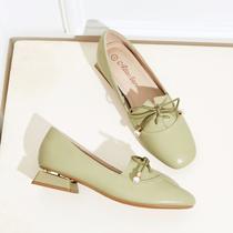 单鞋女夏百搭2020新款早初秋季女鞋中跟粗跟方跟一脚蹬英伦小皮鞋