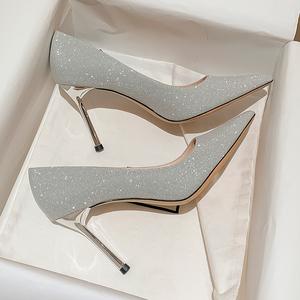 礼服银色高跟婚鞋子女细跟2021年新款新娘秀禾主婚纱两穿平时可穿