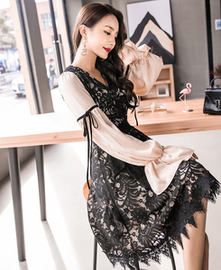 【实拍】秋装款气质名媛蕾丝水溶丝连衣裙女喇叭袖长袖显瘦中长裙