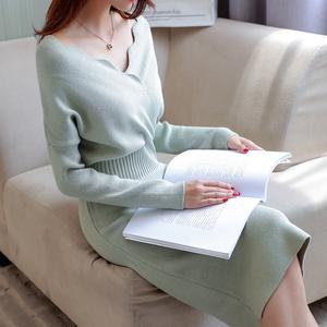 秋冬季新款时尚女装中长款毛衣针织连衣裙洋气修身打底衫过膝外穿