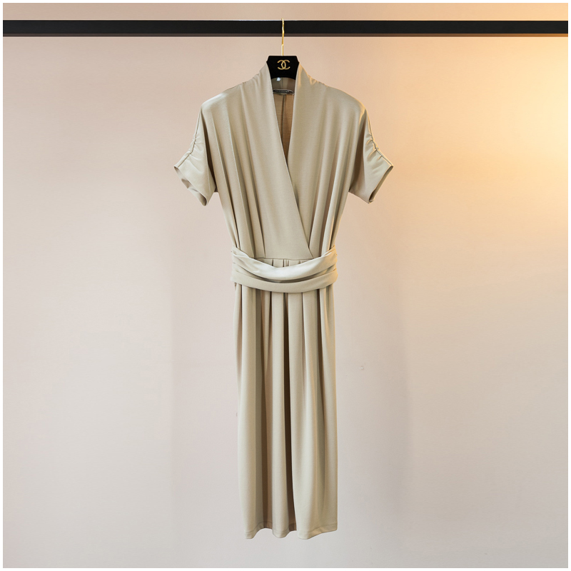 优雅女神范 心机设计感2018新款裹胸V领高腰显瘦包臀连衣裙子女夏