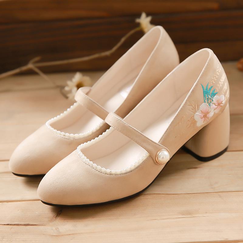 天赐绣文艺复古绣花鞋中跟lolita玛丽珍粗跟奶奶单鞋女绒面一字扣