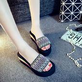 时尚韩版凉拖鞋女夏室外中跟一字拖百搭外穿女拖鞋泡沫防滑沙滩鞋