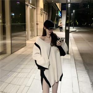 慵懶風寬松顯瘦V領拼色長袖毛衣秋季2021新款中長款套頭針織衫女