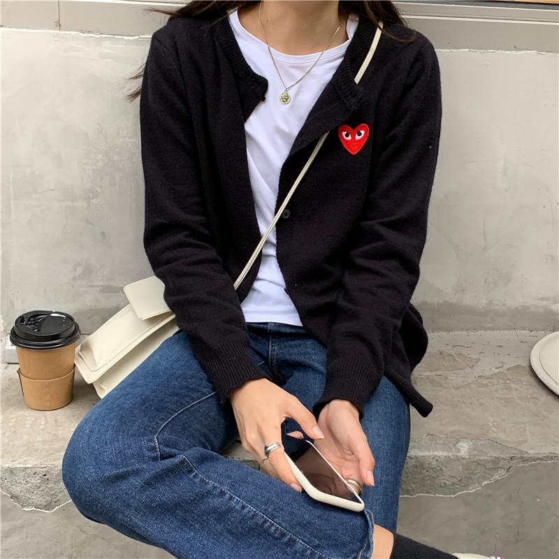 刺绣黑色短款针织小开衫女2021秋新款修身辣妹外搭单排扣长袖毛衣
