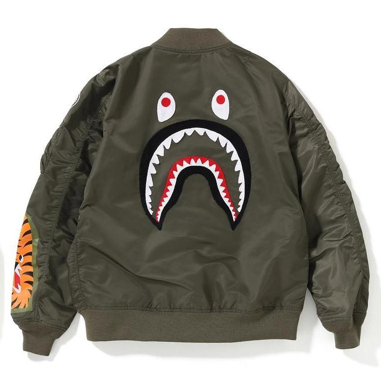 【折扣现货】任先生潮流bape鲨鱼夹克男款MA1背后鲨鱼刺绣外套