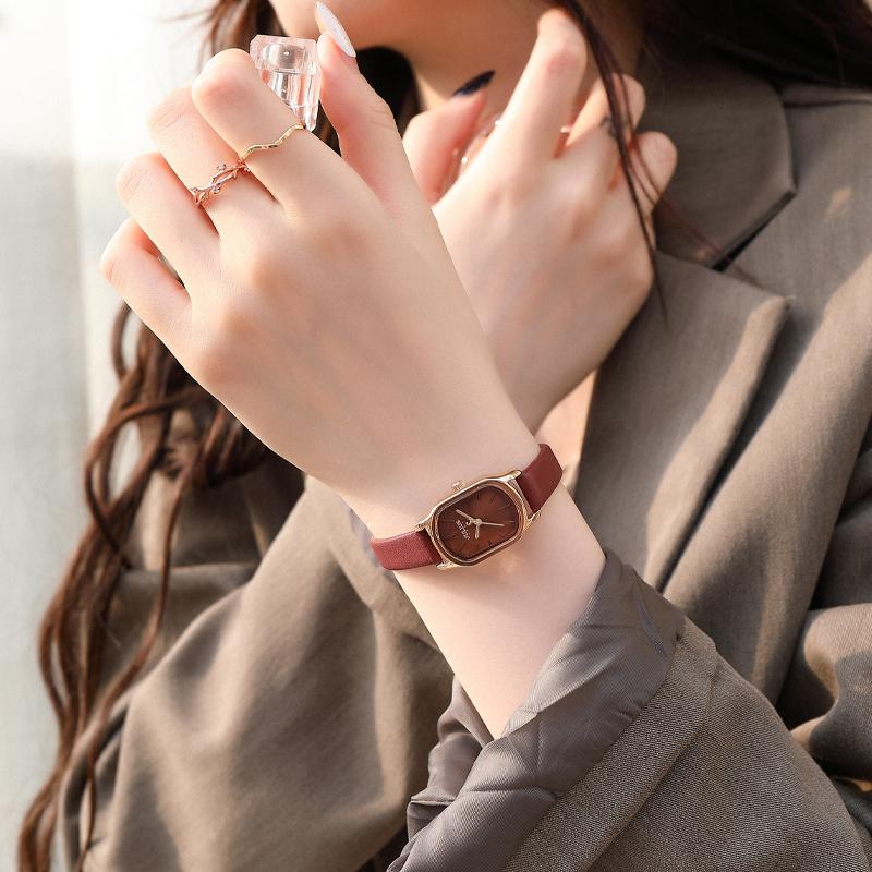 聚利时手表女简约气质小巧精致小众轻奢高级感2021年新款方形女表