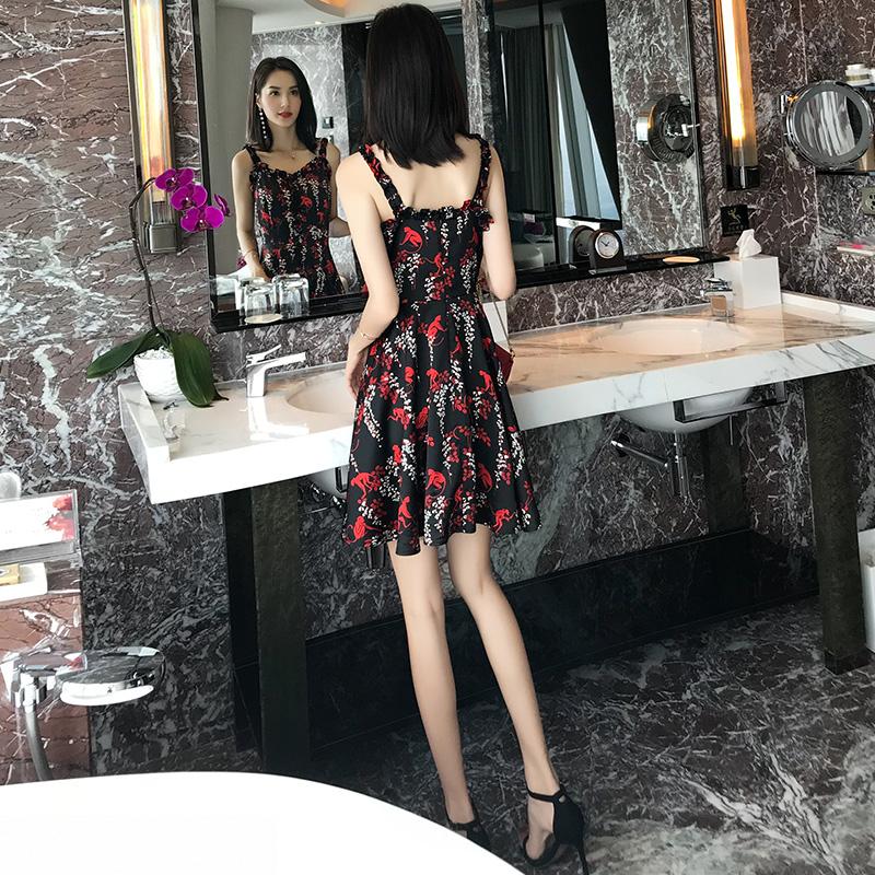 女装夏装2018新款碎花雪纺连衣裙女夏显瘦温柔仙女裙收腰吊带裙子