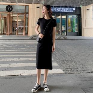 黑色连衣裙女夏设计感2021年新款赫本风小黑裙收腰显瘦法式开叉裙