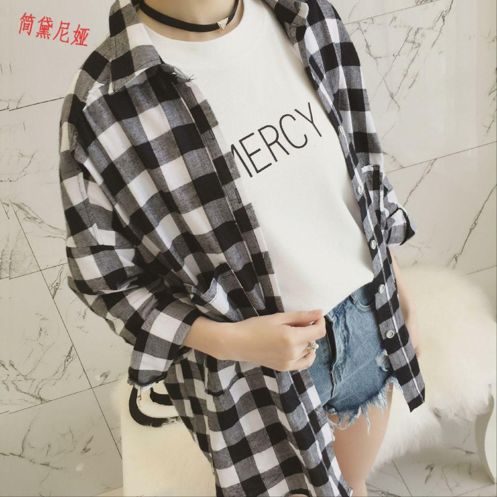 2020春装新款女装韩版宽松中长款黑白格子衬衫女百搭长袖衬衣外套