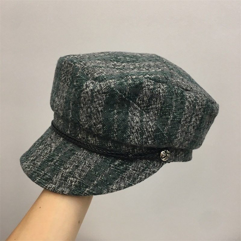 Autumn and winter new hat lady woolen Plaid soft top soft eaves flat top military hat British Plaid artist hat trend