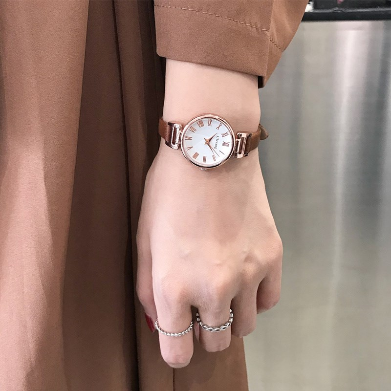 Ins antique watch Chinese style middle school students Korean version simple forest retro girls leisure tomato net red hand.