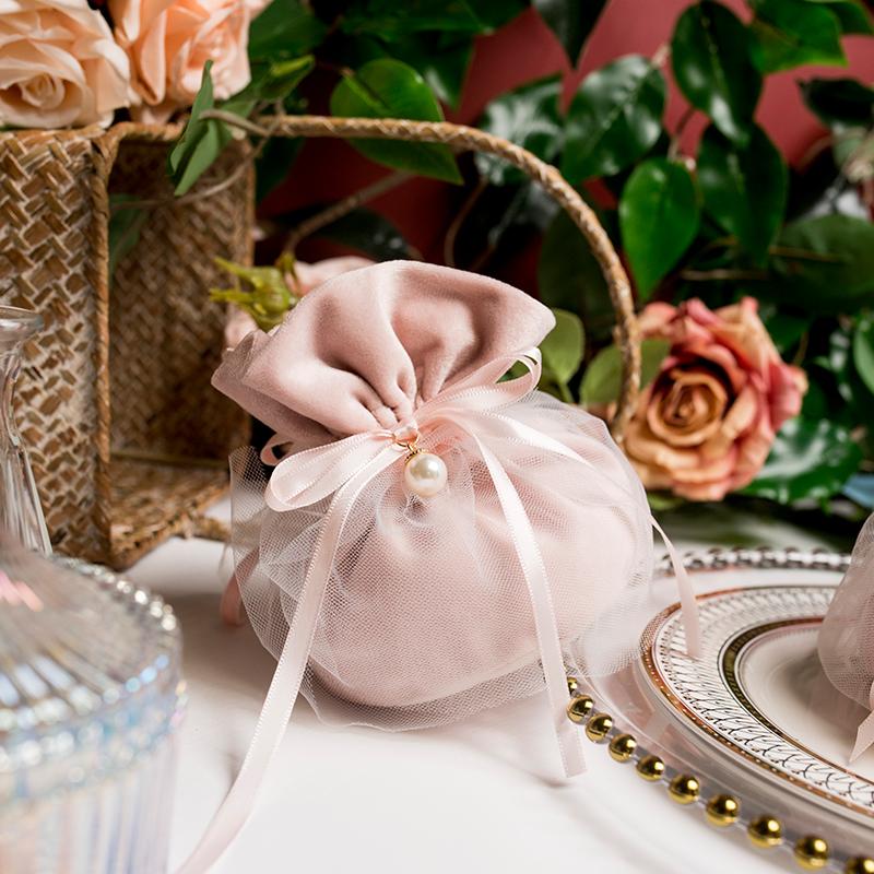 MISS XIU结婚喜糖盒[Kiss]手拎布袋网纱粉色少女心糖果绒布手提袋券后5.07元