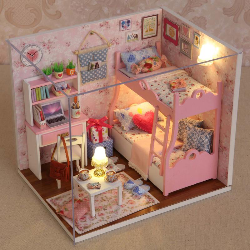 拼装可爱芭比古甜甜屋女孩娃娃的房子衣服冰超大豪华有床玩具手工热销0件买三送一