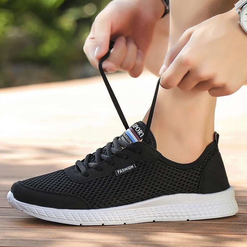 Mens summer tennis shoes, soft sole, low top, middle-aged and old peoples high top, white travel, fly woven running shoes, thin mesh