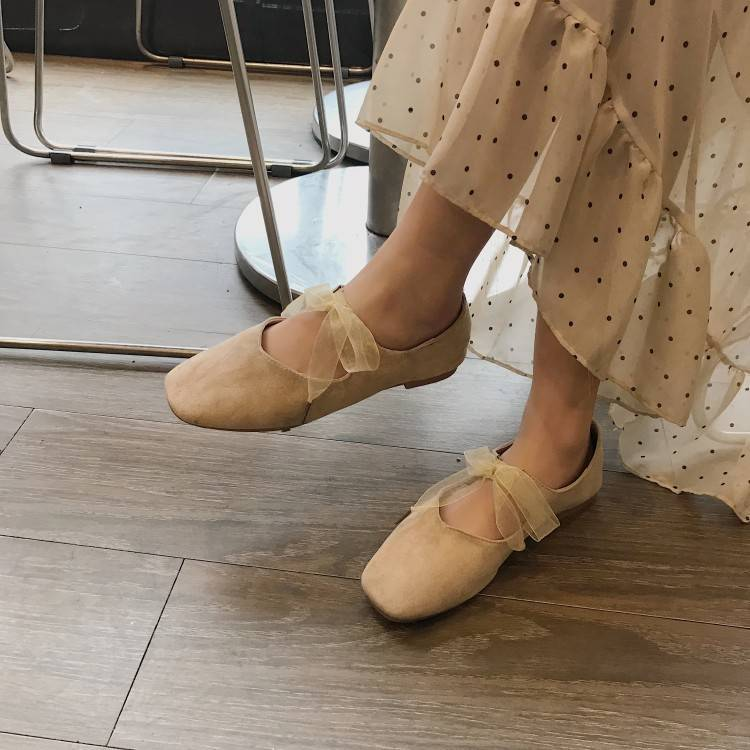 Short root single shoe girl spring new flat bottomed fairy girl student shallow bean shoes suede bandage ballet shoes