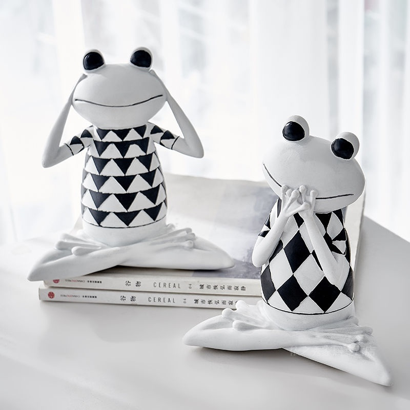 Nordic style interesting frog decoration living room bedroom study office childrens room personalized home furnishings