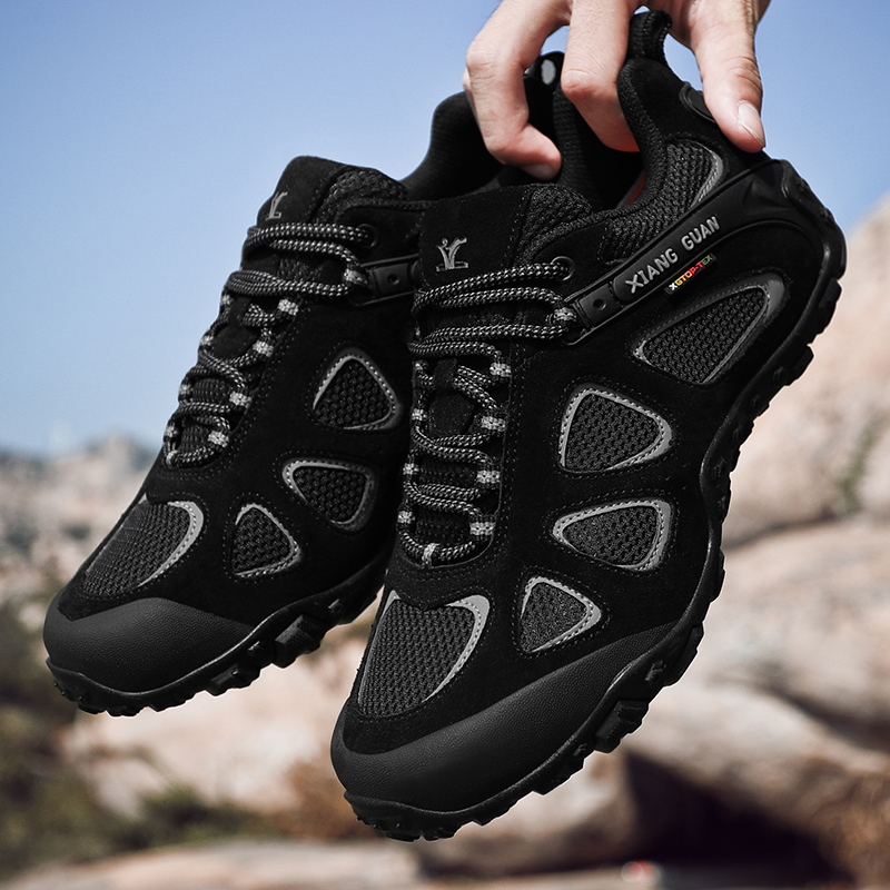 Mountaineering shoes womens high top waterproof and antiskid outdoor sports walking shoes mens light and wear resistant mountaineering walking shoes womens Boots