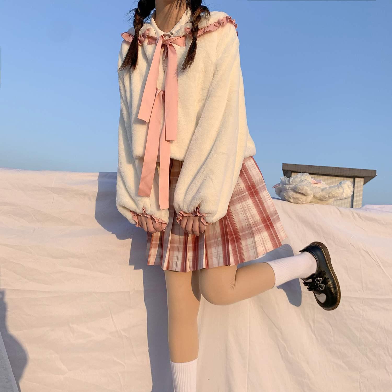 バッグはオリジナルデザインの日系かわいいウサギの耳の海軍の襟の毛の绒のLolita加絨のオーバーの女性の秋の冬を郵送します。