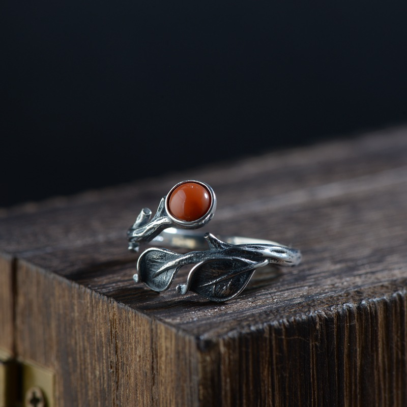 Vintage silver ring inlaid with Thai leaves 925 Silver Lapis Lazuli south red ring s female