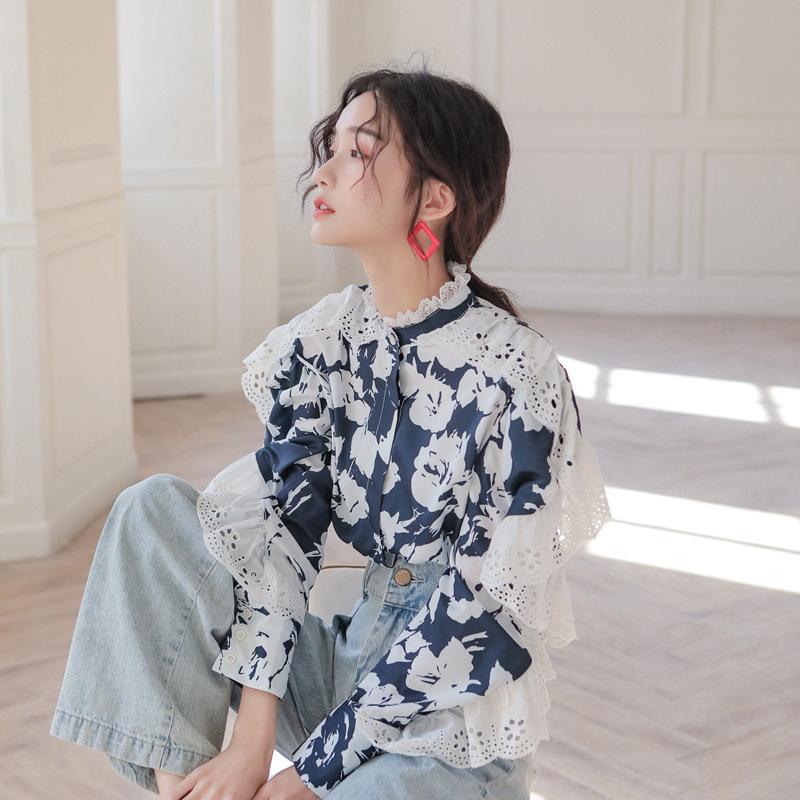 Design feeling printed lace ear edge shirt spring autumn new womens long sleeve bat sleeve loose shirt top
