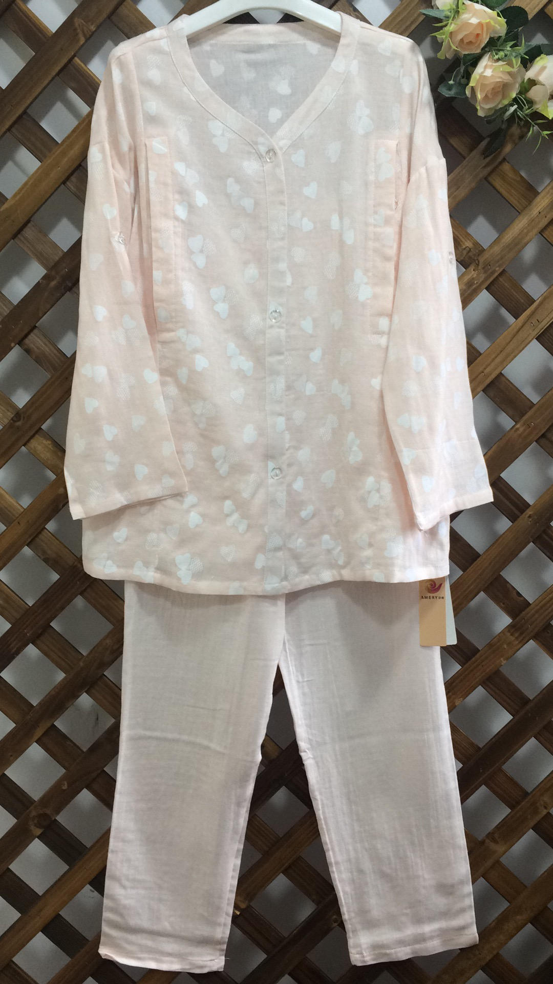妊娠美春夏の純綿ガーゼの月子服の出産前後の妊娠中の女性のパジャマの女性の授乳服の家庭用品