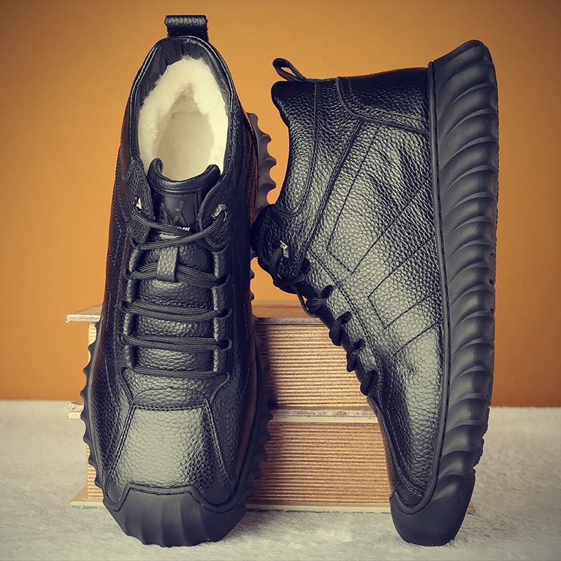 Cotton shoes mens winter Plush thickened sports leisure warm cotton Boots Mens leather sheep outdoor wool high top cotton shoes