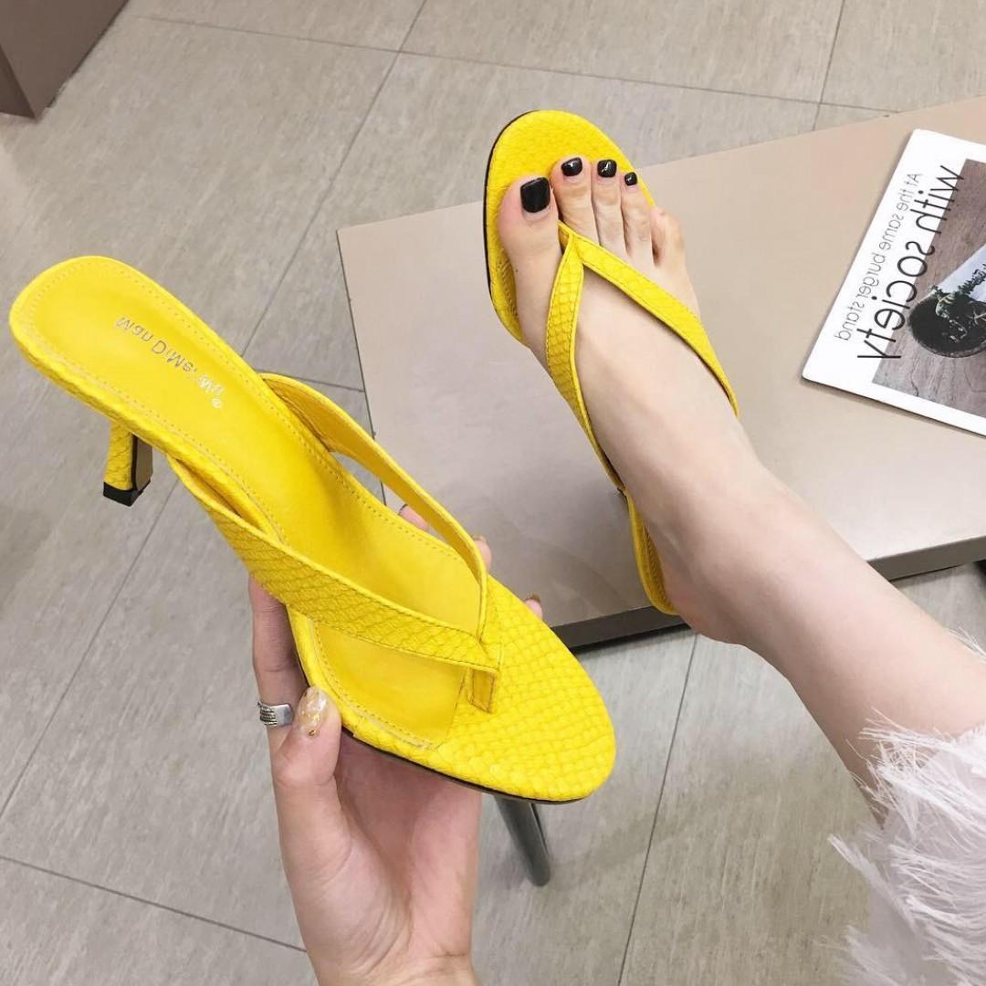2019夏季女鞋新款高跟拖鞋女罗马细带细跟夹趾方头时尚外穿凉拖鞋