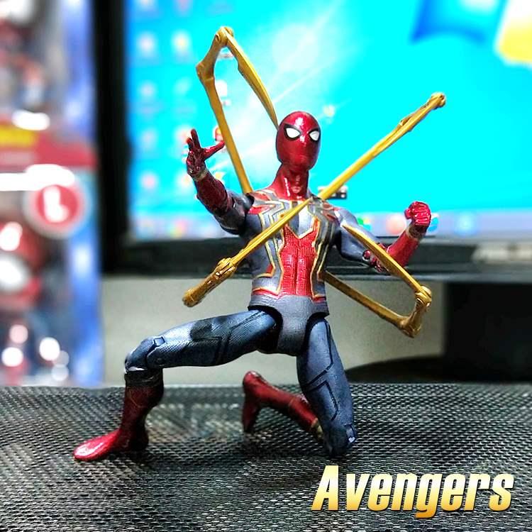 热卖美国队长黑豹中动蜘蛛侠可动人偶模型复仇者联盟3正版玩具手