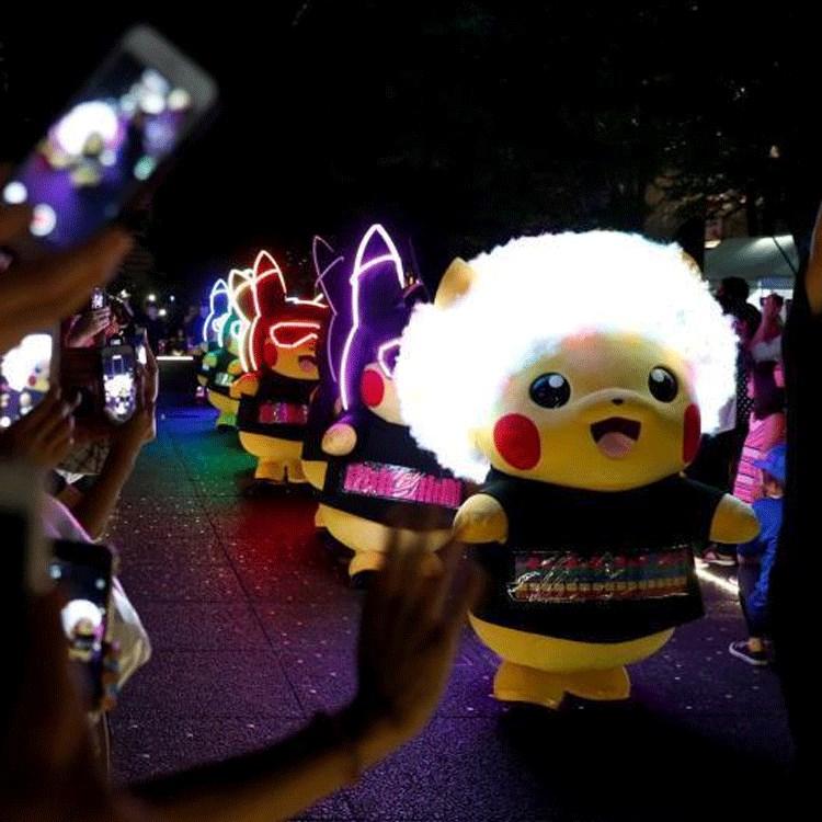 LED发光皮卡丘人偶服活动气氛道具声控公仔巡游演出服装夜光广告